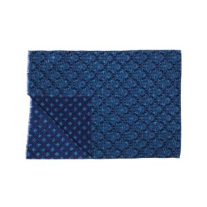 Calabrese 1924 Sciarpa in lana con fondo blu motivo ramage azzurro